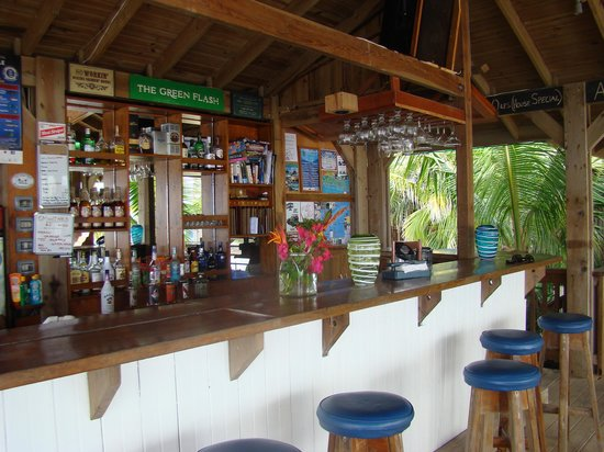Lands End - Ocean Front Lodge: the Bar !