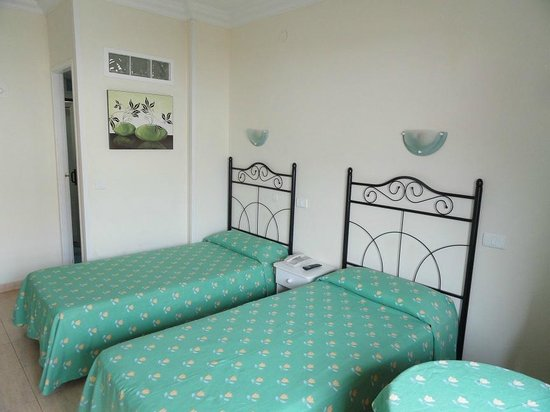 Tinoca : Room