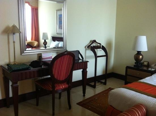 Pearl City Suites: bedroom