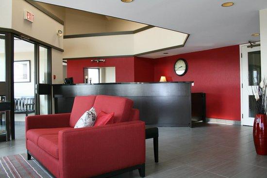 Comfort Inn - Yarmouth: New Lobby