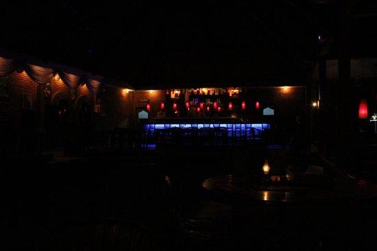 Pacha Bar and Restaurant: bar area