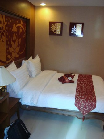 Mariya Boutique Residence at Suvarnabhumi Airport: il letto