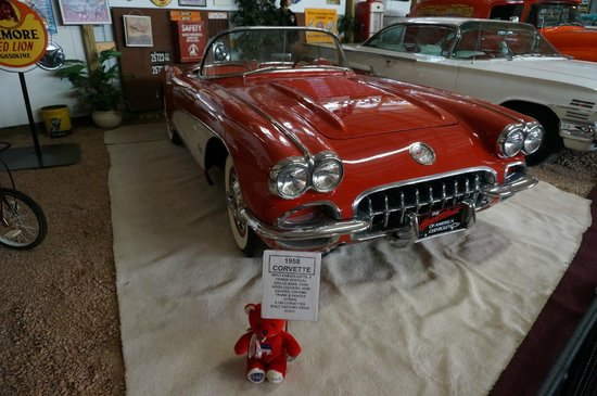 Motion Unlimited Museum : American Classic at the Motion Unlimited Musuem