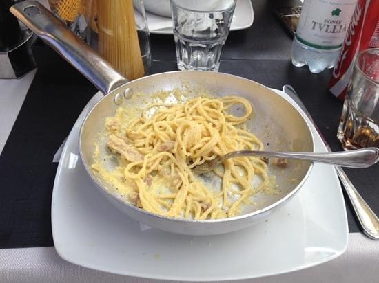 La Caffetteria Tudini : Booked #carbonara via @Appeatit great experience but still in beta!