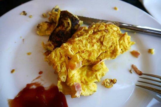 Caffe Roma: Burnt omelette