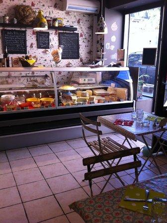 International Loulou : Pour un cafe le matin, votre repas du midi ou le gouter