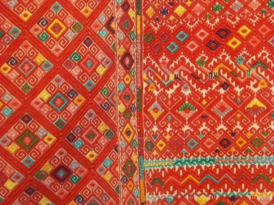 Museo Centro Cultural Altos de Chiapas: Centro Cultural Altos de Chiapas- woven huipil