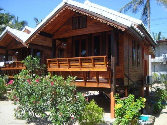 Sabaii Bay Resort: bungalow standard con aria condizionata