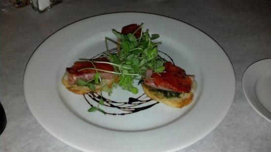 Jesse's Restaurant : Prosciutto wrapped mozzarella
