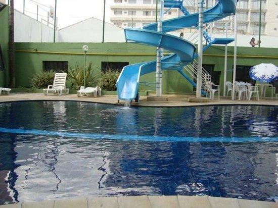Nacional Inn Pocos de Caldas: piscina