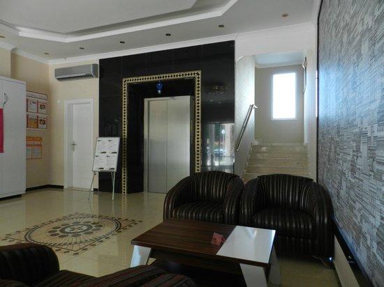 Konakli Nergis Hotel: Lobby