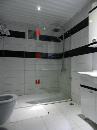 Konakli Nergis Hotel: Bathroom