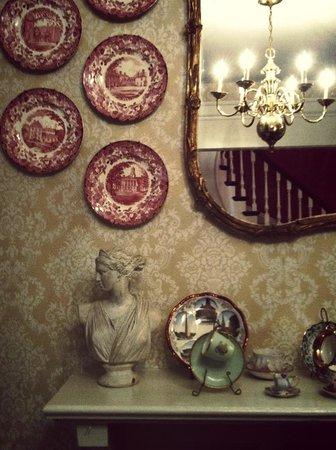 Mary Prentiss Inn: lovely period decor