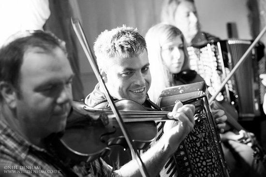 The Holly Bush Inn: Music afternoon