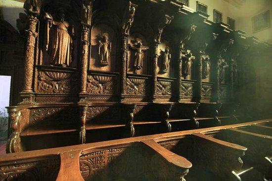 Museo de la Recoleta : Bois sculpté