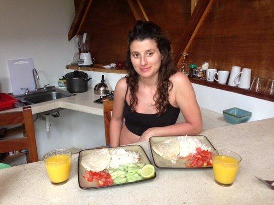Alma Villa & Restaurant: cocinando!