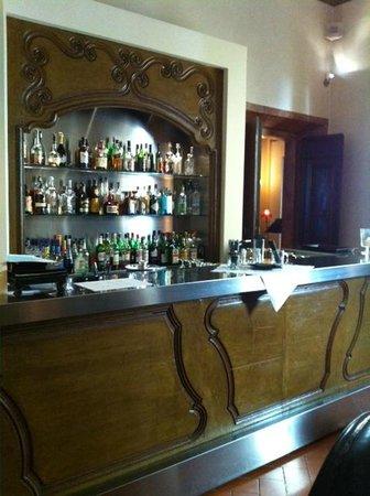 Relais Santa Croce: The Bar