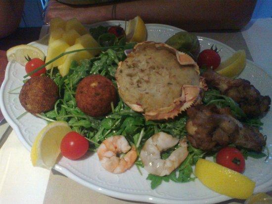 Mercure Rouen Champ de Mars Hotel: Grande assiette de la mer