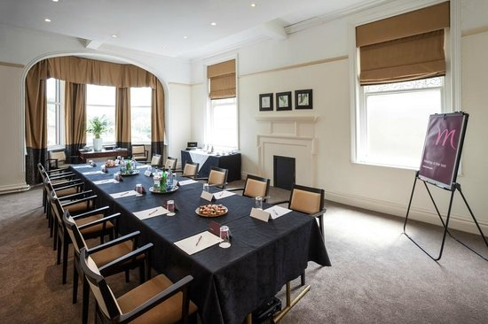 Mercure Farnham Bush Hotel: Meeting Room