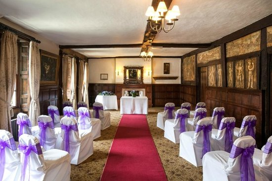 Mercure Farnham Bush Hotel: Wedding Facilities