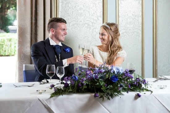 Mercure Farnham Bush Hotel: Wedding