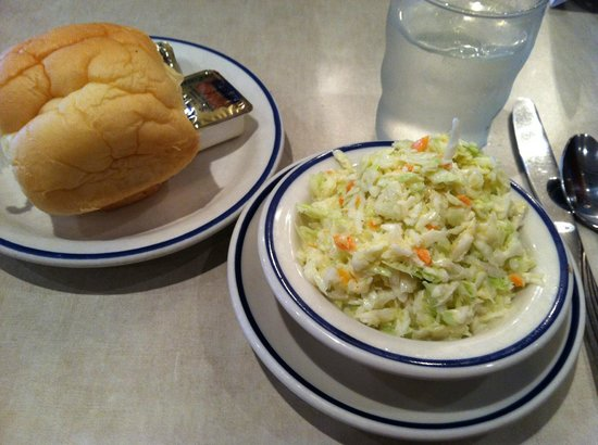 Schreiner's Restaurant: Roll & cole slaw came out before main course plate.