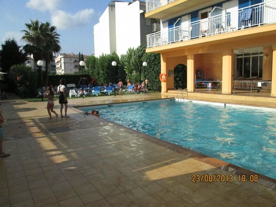 Sorrabona Hotel: piscine