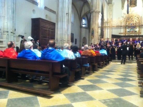 Catedral de Alcalá de Henares: Interior de la Magistral en el acto de apertura del curso universitario