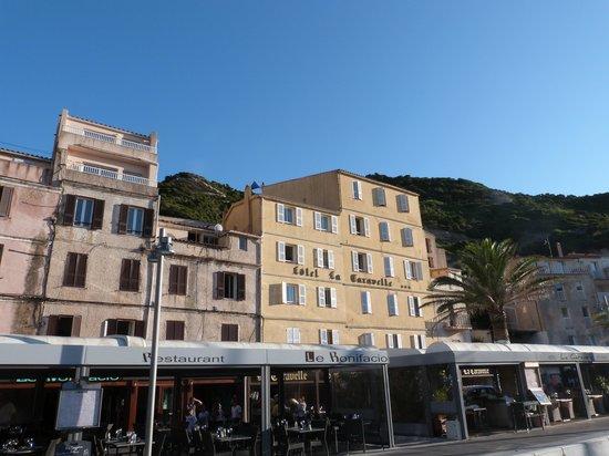 Port bonifacio photo de hotel la caravelle bonifacio for Restaurant bonifacio port