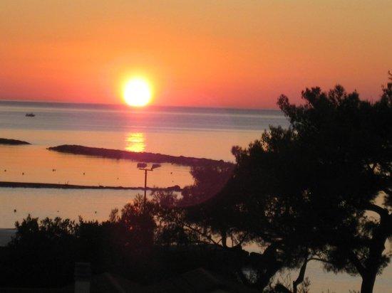 Hotel Gabriella: L'alba  vista dalla camera