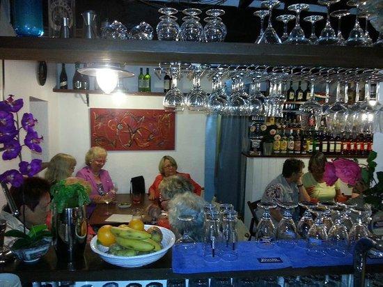 Bar Creperia L'Onda: Creperie l'Onda avventori Tedeschi