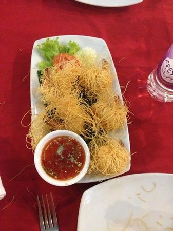 prawns with noodles and chili sauce