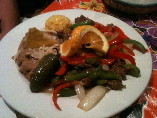 Miguel's Baja Grill: Fajitas