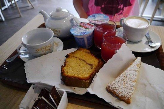 Rhome Terminal: breakfast