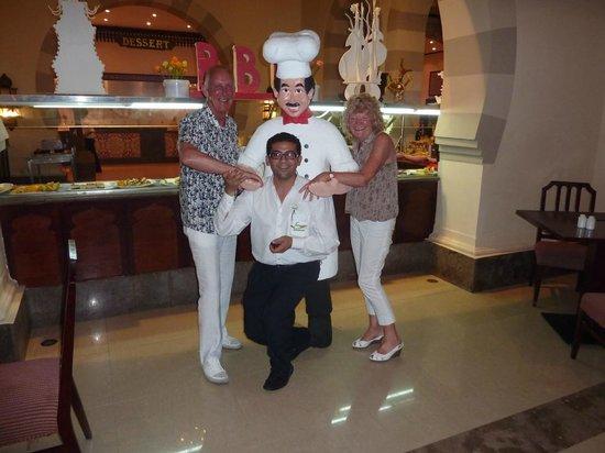 Stella Di Mare Beach Resort & Spa Makadi Bay : Ahmed & the 'Chef'