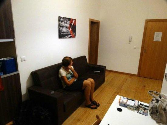 Aparthotel Oporto Sol : kamer/keuken met zicht naar trappenhuis