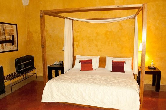 Hotel Hacienda VIP : Le lit de la chambre « Deluxe »