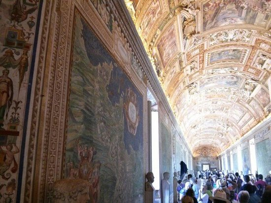 a description of the sistine chapel ceiling as the most amazing painting of all time Michelangelo's sistine chapel ceiling is one of the most influential artworks of all time and a foundational work of renaissance art painted directly on the ceiling of the sistine chapel in the vatican, the masterpiece depicts key scenes from the book of genesis the complex narratives and .
