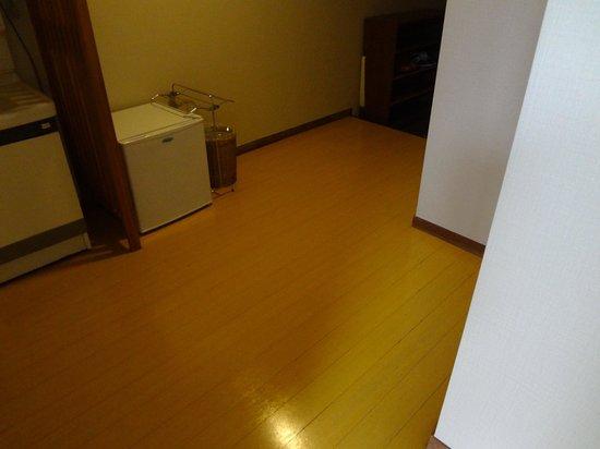 Hagi Grand Hotel Tenku: 冷蔵庫は、玄関にあります。