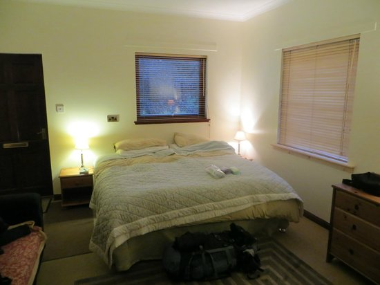 Glenlochy Nevis Bridge Apartments: Chambre