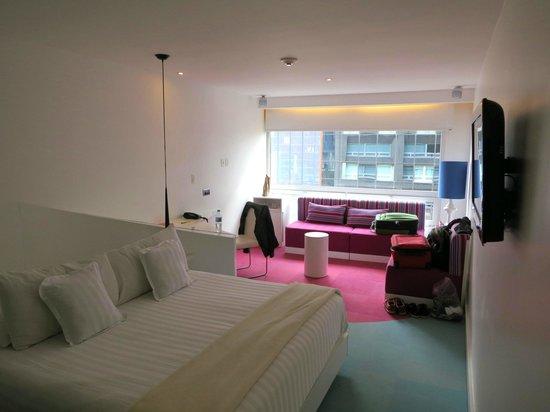 Room Mate Valentina: Room #1