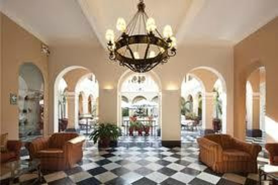 LP Los Portales Hotel Piura: Sala de recepción