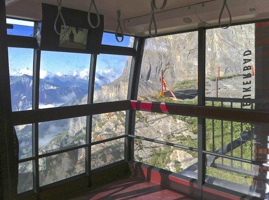 Hotel Walliserhof: Fahrt mit der Gemmibahn Inkl.