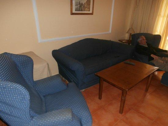 Bahia Sur Hotel: salon del búngalo