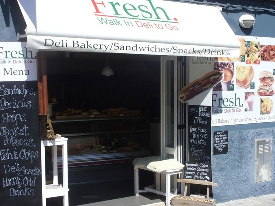The Fresh Deli and Bakery : best sandwiches at majorca