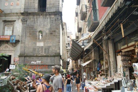 Bed Napoli Perché No: EN EL CENTRO HISTORICO