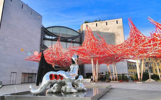 Museum Of Modern And Contemporary Art Ouside Photo De