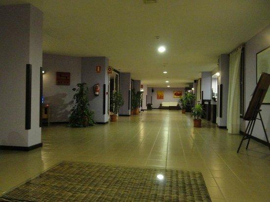 Apartments Centrocancajos: Hotel's hall