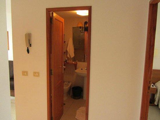 Apartamentos Centrocancajos: Bathroom