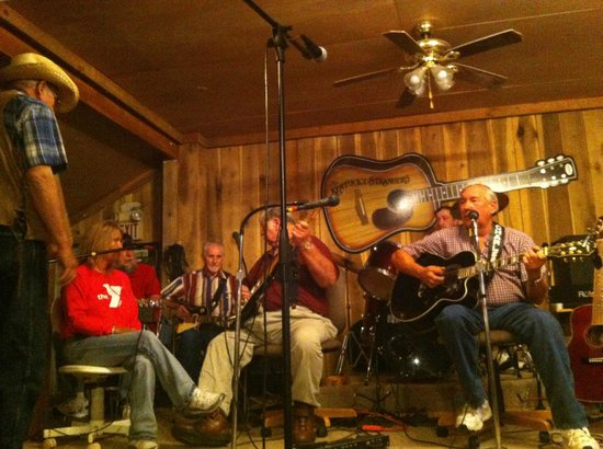 Burgin, KY: The stage